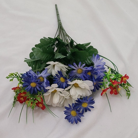 Other - Red, white & Blue Flower Bundle